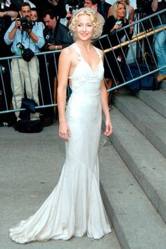 Kate Hudson | Stella McCartney | Costume Institute Gala at the Met (2003)