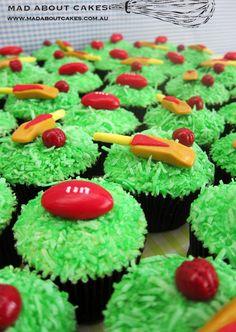 'Sport' Cupcakes - Football and Cricket    www.madaboutcakes.com.au Cricket Cake, 4th Birthday, Birthday Cakes, Baby Boy Shower, Baby Showers, Fondant, Cake Decorating, Cupcakes, Football