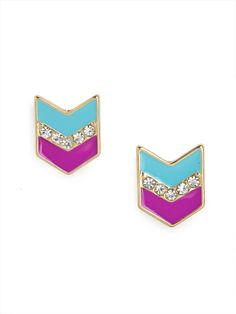 These fun little studs bring together a few of our favorite things; a graphic chevron design, a shimmering stripe of rhinestones and a perfectly paired enamel palette.
