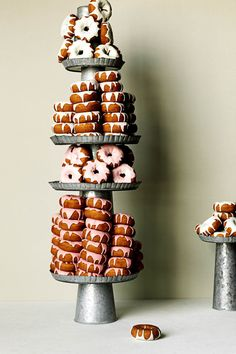donuts in lieu of wedding cake?