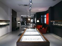 Putti Gallery