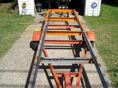 Woodworking Equipment Home-Built Portable Chainsaw Mill Homemade Chainsaw Mill, Homemade Bandsaw Mill, Portable Chainsaw Mill, Portable Saw Mill, Woodworking Jigsaw, Woodworking Equipment, Woodworking Projects, Chainsaw Mill Plans, Chainsaw Repair