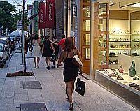 Rua Oscar Freire, 8ª rua mais luxuosa do mundo. Sao Paulo / Brasil