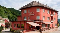 Logis Hostellerie Motel Au Bois Le Sire Orbey Located in Orbey, this Logis hotel provides en suite accommodation in the Alsace region just a 39 km drive from Gérardmer. It has a restaurant, heated swimming pool and fitness room. Massage treatments can be arranged at the property.