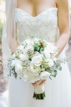 Photography: Shannon Michelle - shannonmichelephotography.com Read More: http://www.stylemepretty.com/2015/02/19/romantic-magnolia-plantation-wedding/