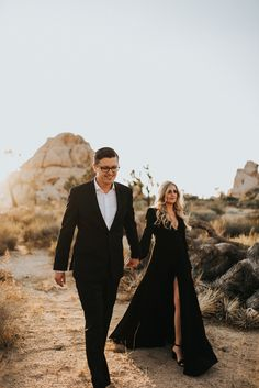 Engagement Pictures Max Olivia Joshua Tree Engagement - Joshua Tree and all black attire. Engagement Photo Dress, Formal Engagement Photos, Engagement Dresses, Engagement Session, Engagement Pictures Outfits, Fall Engagement Outfits, Country Engagement, Engagements, Couple Style