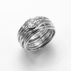 Original DEVON Bird's nest Ring ® Original Devon Vogelnest Ring ® Devon, Modern Jewelry, Nest, Silver Rings, Wedding Rings, Engagement Rings, The Originals, Engagement Ring, Schmuck