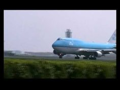 Opstijgen ven een vliegtuig Boeing 747, School Projects, Tanzania, Netherlands, Holland, Pilot, Aviation, 1, Education