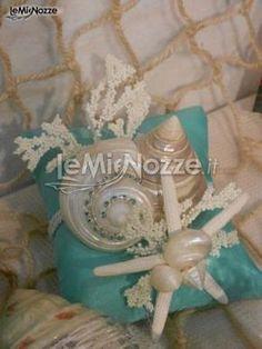 Bomboniere di matrimonio a tema mare, con conchiglie e stelle marine