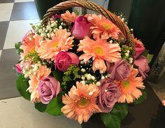 Ξεχωριστές ανθοσυνθέσεις για την Γιορτή της Μητέρας #lesfleuristes #λουλούδια #ανθοσύνθεση #ανθοπωλείο #γλυφάδα #ΓιορτήΜητέρας #MothersDay Floral Wreath, Wreaths, Decor, Floral Crown, Decoration, Door Wreaths, Deco Mesh Wreaths, Decorating, Floral Arrangements