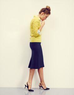 С чем носить синюю юбку? 20+ фото стильных нарядов