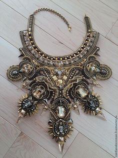 Купить Guardians of The Treasure - золотой, swarovski crystal, swarovski beads, swarovski