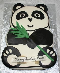 Panda Cake for Mom's 50th birthday! I could definitely do that.