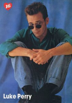 Luke Perry sunglasses pinup Steve Sanders, Watch Riverdale, Mark Paul Gosselaar, Jonathan Taylor Thomas, Joey Lawrence, Luke Perry, Beverly Hills 90210, Cameron Boyce, 90s Nostalgia