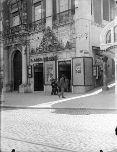 Fachada. Fotógrafo: Estúdio Horácio Novais. Fotografia sem data. Produzida durante a actividade do Estúdio Horácio Novais, 1930-1980.  [CFT164 00695.ic]
