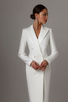 Fitted dress from LN family Classy Outfits, Stylish Outfits, Winter Fashion Outfits, Fashion Dresses, Simply Fashion, Formal Looks, Professional Outfits, Fashion Boutique, Dress To Impress