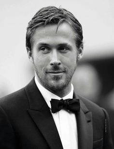 """This is gonna be fun. I'm writing this post so I can join a """"Hey Girl"""" Link Party. A Ryan Gosling """"Hey Girl"""" Link Party. Ryan Gosling, Robert Redford, Beautiful Men, Beautiful People, Hollywood, Celebrity Gallery, Teacher Humor, Hey Girl, Future Husband"""