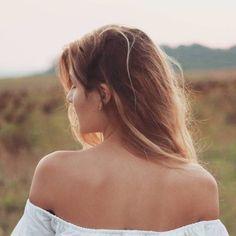 Off Shoulder Blouse, Instagram, Tops, Women, Fashion, Moda, Fashion Styles, Fashion Illustrations, Woman