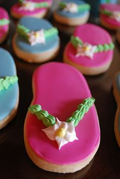 Flip Flop Cookies, love them! She makes beautiful cakes and cookies!