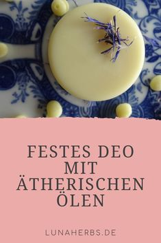 Festes Deo mit ätherischen Ölen ist eine wunderbare und schnell gemachte Alter… Solid deodorant with essential oils is a wonderful and quickly made alternative to traditional deodorants. And you also save plastic waste. Diy Deodorant, Deodorant Recipes, Natural Deodorant, Vegan Deodorant, Diy Shampoo, Homemade Cosmetics, Natural Cosmetics, Diy Beauty, Beauty Tips