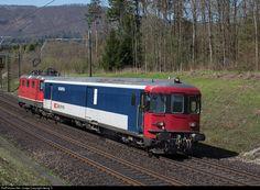 The SBB/Securitas jail train. Swiss Railways, Rail Car, High Risk, Locomotive, Prison, Switzerland, Stupid, Europe, Japan