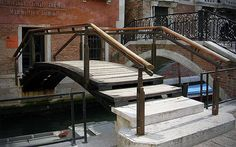 Carlo Scarpa Bridge by AnDre Peter Zumthor Architecture, Interior Architecture, Stair Handrail, Railings, Carlo Scarpa, Artist And Craftsman, Famous Buildings, Stair Steps, Staircase Design