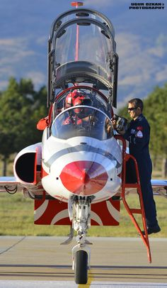 Turkish Stars with crewman Military Jets, Military Aircraft, F35, Air Force, Aviation Theme, Air Machine, Freedom Fighters, Aircraft Pictures, Jet Plane