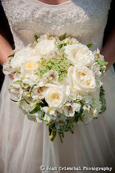Bride's Bouquet Muckey Wedding Location: Southlake, TX JoanCristobal.com