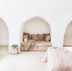 "Raw Beauty Home/Suzy O'Rourke on Instagram: ""Guest room magic in @masseriadagilupi Ostuni, Italy 💕💕💕 . . . . .  . . . .…"""