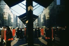 1953: On 5th Avenue, New York, pedestrians and buildings reflected almost perfectly in a window. (Photo by Ernst Haas/Ernst Haas/Getty Images)