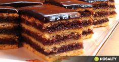 Mákos-meggyes zserbó recept képpel. Hozzávalók és az elkészítés részletes leírása. A mákos-meggyes zserbó elkészítési ideje: 65 perc Sweet Desserts, Sweet Recipes, Cake Recipes, Dessert Recipes, Hungarian Desserts, Hungarian Recipes, Smoothie Fruit, Torte Cake, Sweet Cookies