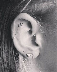 Ears are mostly adorned with piercings, and not tattoos. Just make sure that you choose the very best ear tattoo designs that can speak for Mini Tattoos, Great Tattoos, Trendy Tattoos, Small Tattoos, Tattoos For Guys, Tiny Tattoos For Girls, Latest Tattoos, Sexy Tattoos, Cool Forearm Tattoos