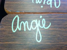 Write names on your desks using Sharpie Paint Pens! To remove, rub well with an Expo marker, wipe clean with a Kleenex, and viola -- it's gone! Thanks to Timeouts and Tootsie Rolls for this great supply tip. Classroom Setting, Classroom Setup, Future Classroom, School Classroom, Classroom Design, Classroom Arrangement, Classroom Table Names, Classroom Name Tags, Classroom Seating Arrangements