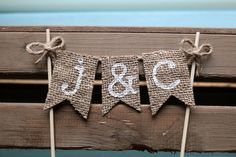 Wedding Fall Rustic Country Cake Toppers Ideas For 2019 Country Cake Toppers, Rustic Wedding Cake Toppers, Rustic Wedding Centerpieces, Wedding Gifts For Bride, Fall Wedding, Diy Wedding, 2017 Wedding, Wedding Ideas, Wedding Songs