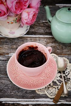 self-saucing tea cup pudding