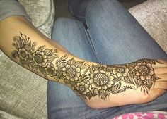 33 Best Brown Henna Tattoo On Forearm Images Brown Henna Forearm