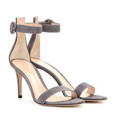 mytheresa.com - Customer Login - Luxury Fashion for Women / Designer clothing, shoes, bags
