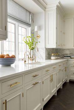 Kitchen Interior Remodeling half white, half Prussian blue, all time-honored modern kitchen design - Best Kitchen Designs, Modern Kitchen Design, Interior Design Kitchen, Interior Decorating, Decorating Games, Decorating Websites, Rustic Kitchen, New Kitchen, Kitchen Decor