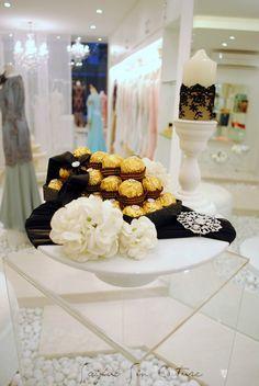 Hantaran Crystal Glass Simple & Elegant 'the Details' 'Shoes' 'Fragrant' 'Solemnization Ring' 'Sol...