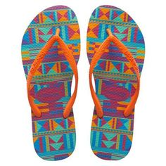 Slim graphic print Havaianas. How perfect for summer?!