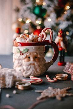 🌲 ☕ The Cocoa Cauldron ☕ 🌲 Bewitchingly Sweet Hot Chocolate Happy Holidays! Days Until Christmas, Christmas Post, Merry Little Christmas, Cozy Christmas, Modern Christmas, Christmas Photos, Winter Magic, Christmas Inspiration, Favorite Holiday
