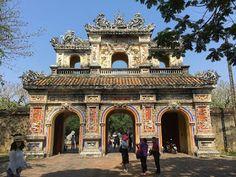 Aterrizando: La Ciudadela de Huê, Vietnam: una mezcla de China ...