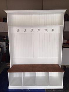 Entryway locker Dropzone for Mudroom - 4 Cubby Flat Back