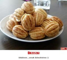 Orzeszki Cake Cookies, Pastries, Nostalgia, Snack Recipes, Childhood, Chips, Polish, Memories, Breakfast