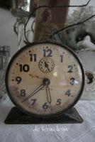 Vintage Wecker bei feenscheune / Vintage Alarm Clocks at feenscheune