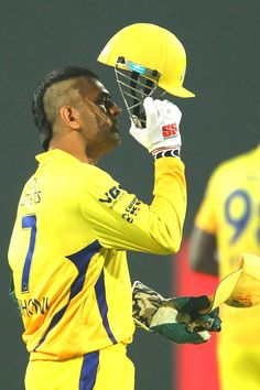 Chennai Super Kings' and Indian skipper MS Dhoni sporting a 'Mohawk' styled look. Ms Doni, Ms Dhoni Photos, History Of Cricket, Ms Dhoni Wallpapers, Cricket Wallpapers, Cricket Sport, Icc Cricket, Football Tournament, Chennai Super Kings