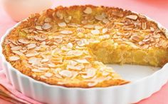 Pear and almond impossible pie - cakes - Torten Pear Recipes, Sweet Recipes, Cake Recipes, Pear Dessert Recipes, Almond Recipes, Pear And Almond Cake, Almond Cakes, Sweet Pie, Sweet Tarts