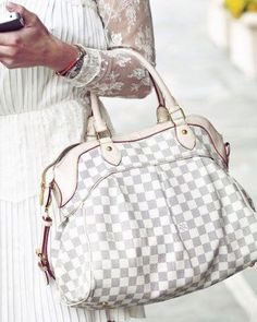 Louis Vuitton big size white bag- Louis Vuitton new handbags