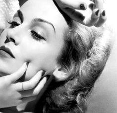 80-90's: Οι 11 πιο sexy γυναίκες ηθοποιοί του Hollywood | Jenny.gr Galleries