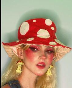 Edgy Makeup, Cute Makeup, Pretty Makeup, Makeup Art, Aesthetic People, Aesthetic Girl, Portrait Inspiration, Makeup Inspiration, Maquillage Indie